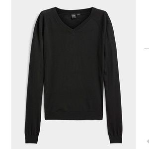 Cashmere touch black V-neck sweater NWT